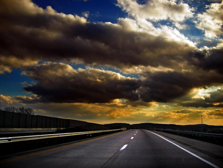 Flickr_-_Nicholas_T_-_Empty_Road